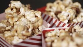 How To Make Maple Syrup And Pecan Popcorn