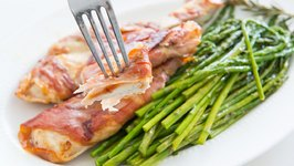 Prosciutto Wrapped Chicken - 15 minute dinner recipe