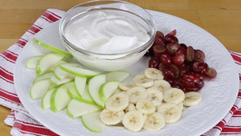 Sliced Fruit With Honey-Vanilla Yogurt Dip