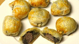 Mini Beef Wellington Bites