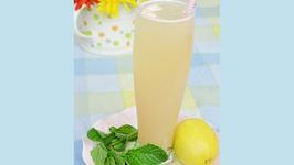 Cool Asian Pear Sparkler Summer Drink