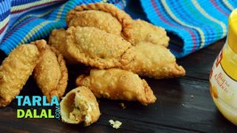 Mawa karanji (Diwali Sweet)