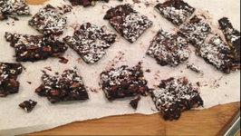 Homemade Chocolate Bark Valentines Day