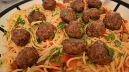 How to Cook Spaghetti & Meatballs with Tomato Sauce