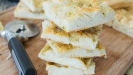 Ridiculously Easy Homemade Focaccia Bread Recipe