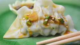 Shrimp Dumplings with Hot Sesame Oil Soy Sauce Dressing