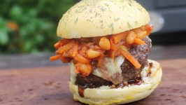Chakalaka Burger From The Braai