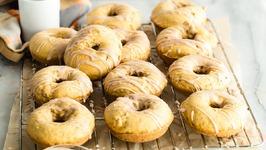 Baked Pumpkin Doughnuts - Pumpkin Spice Recipe