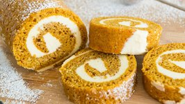 Easy Pumpkin Roll Cake