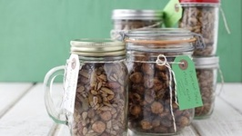 Pumpkin Spiced Nuts and Seeds - Handmade Holiday Gifts