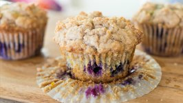 Blueberry Muffins with Crumb Topping - Brunch