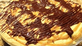 Thanksgiving Day/Awesome Pumpkin Chocolate Caramel Pie