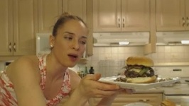 How To Grill Beef And Rice Burgers With Brie