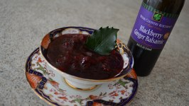 How to Make Napa Valley Blackberry Ginger Balsamic Cranberry Sauce