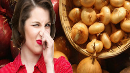 Seven Foods that make you Smell Bad