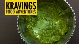 Green Chutney with Coriander and Coconut