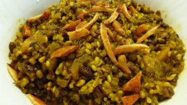 Mujaddara -- Lentils and Rice Recipe With Dry Chili Mangos