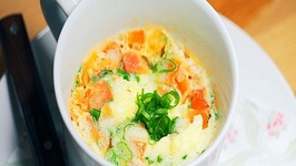 Chinese Egg Omelet with Tomatoes in a Mug  2 Minutes Easy Recipe in Microwave