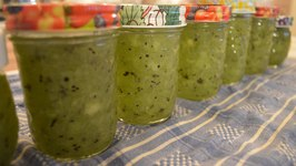How to Make Kiwi Freezer Jam