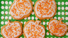 Pumpkin Spice Roll Out Cookies - Tricks and Treats