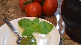 how to make italian pesto