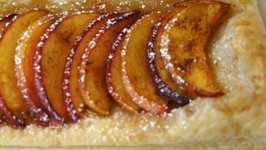 How to Make a Peach Tart