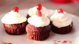 Red Velvet Cupcakes  Valentine's Day Special