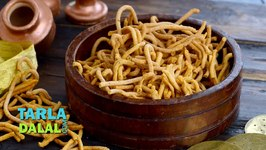 Teekha Gathiya (Diwali Dry Snack)