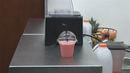 How To Prepare A Strawberry And Banana Smoothie