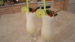 How to Make Santa Claus Melon Smoothies: Christmas in July