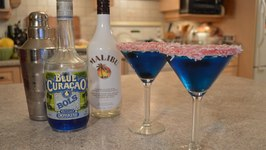 How To Make Blue Christmas Cocktails