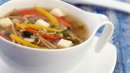 Noodle, Sprouts and Capsicum Soup (Zero Oil and Weight Loss Recipe)