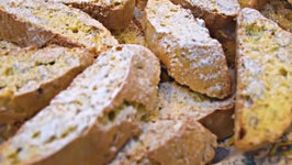 Best Homemade Italian Almond Biscotti Cookies