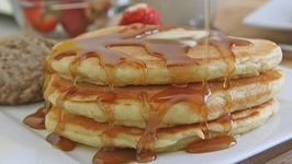 Old Fashioned, Fluffy Buttermilk Pancakes