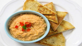 Pita Chips with Roasted Red Pepper Hummus (Game Day Bites)