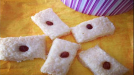 Easy Coconut Fudge ( Edible Holiday Gifts Ideas) Sooji Nariyal Burfi