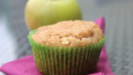 How To Make Apple-Cinnamon Muffins