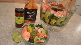 How To Make Spinach Salad With Lobster And Avocado  Sauce