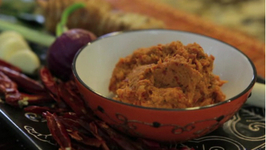 Fragrant Thai Red Curry Paste