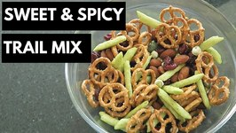 New England Sweet & Spicy Trail Mix with Harvest Snaps