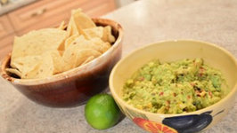 How to Make Grilled Corn Guacamole