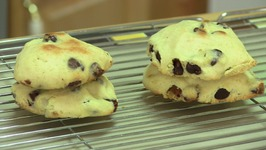 No oven Choco Chip Cookies in Cooker  Eggless
