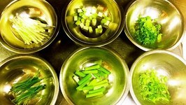 6 Ways to Cut Scallions (Green Onions) for Chinese Cooking