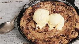 How To Make A Giant Skillet Cookie