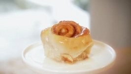 Easy Gooey Cinnamon Rolls