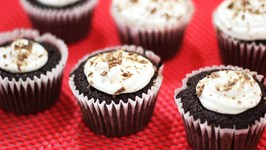 How to Make Chocolate CupCakes Basic CupCakes