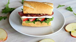 Sandwich Salami, Apple & Brie Sandwich