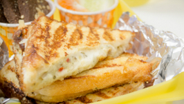 Curd And Cheese Sandwich - Suji Toast Style Grilled Sandwich - Kids Lunch Box Recipes