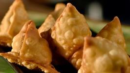 Tandoori Paneer Samosa / Homemade Samosa