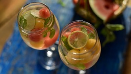 How To Make Sangria - Easy White Wine Melon Sangria